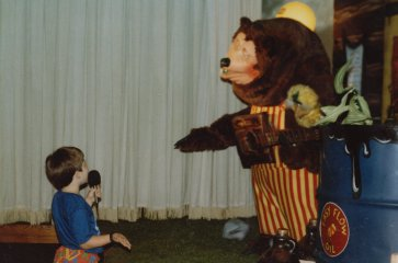 Ben Schumin with Billy Bob at Showbiz Pizza in 1987