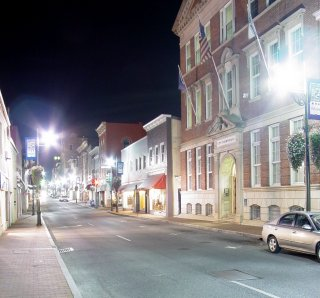Downtown Staunton, facing west on West Beverley Street