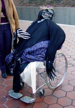 Wheelchair monster at Grosvenor station