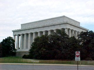 Back side of the Lincoln Memorial