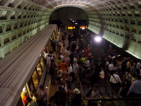 Crowding at Federal Triangle station