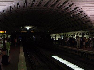 Metro Center in darkness