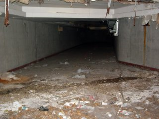 Abandoned tunnel at Pentagon City