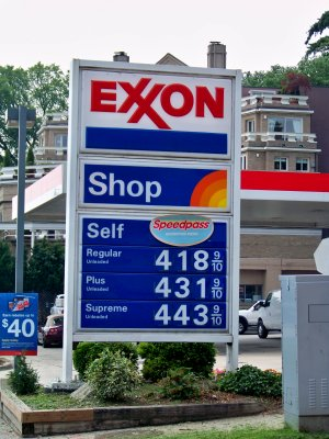 Gas prices at the Exxon in Georgetown