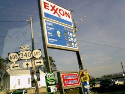 Prices at the Exxon in Stuarts Draft