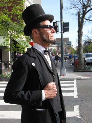 And just before we departed, we ran into an Abraham Lincoln reenactor.