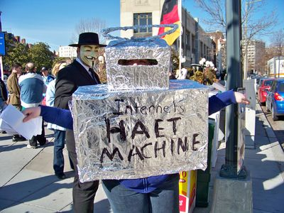 "Another Anon wore a robot outfit, as a personification of the ""Internets Haet Machine"", aka the ""Internet Hate Machine"", which is a term I disagree with, but nonetheless can be parodied."