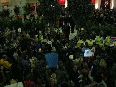 The demonstration as seen from the center cafe. Not bad as far as numbers go, I'd say.