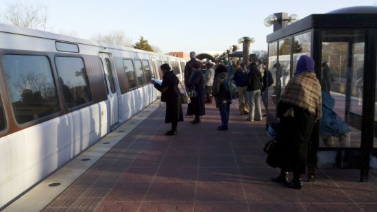 Train offloaded at Takoma