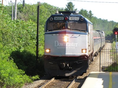 The Downeaster arrives to pick me up at Durham station