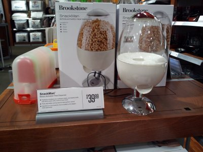 I mean, really, would you pay $40 for a cereal-dispensing egg? #shopping #brookstone #junk http://twitpic.com/b1ppci