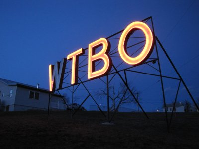 "View facing the now-lit WTBO sign.  Sadly, half of the ""W"" was burned out on this particular evening."