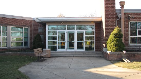 Entrance to Bozorth Hall