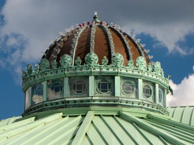 Detail of the dome on the roof of the carousel house.  Not sure if these lights on top of the dome are still functional, but I would love it if they are.