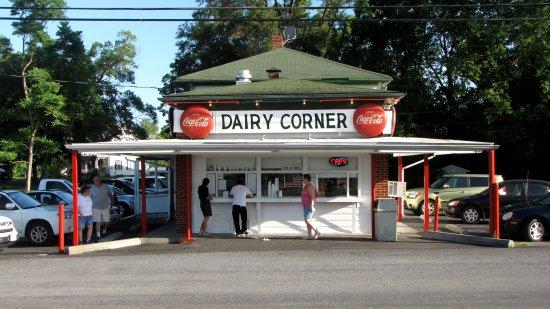 Pack's Dairy Corner
