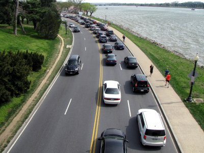 Ohio Drive SW.  The backed up traffic is headed toward the Tidal Basin.  Why someone would drive in to see the cherry blossoms, I don't know.