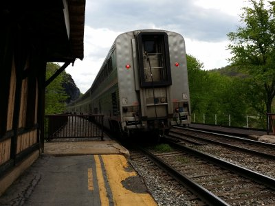 The eastbound Capitol Limited, departing the station on the opposite track from normal.