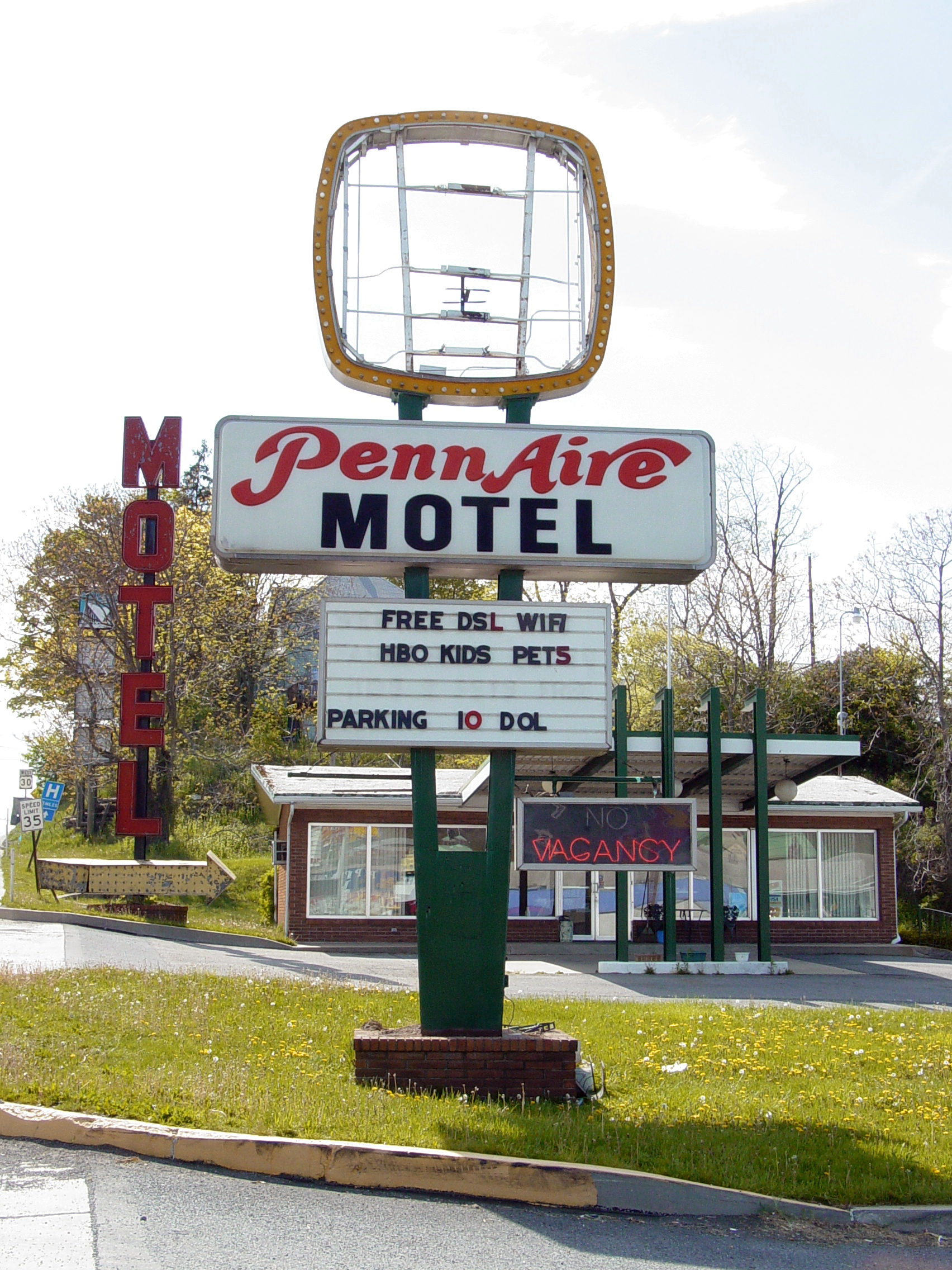 Vintage Sign For The Penn Aire Motel