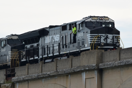 Close-up view of the front locomotive, Norfolk Southern 3608.