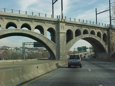 The Manayunk Bridge, photographed November 22, 2001 from the Schuylkill Expressway