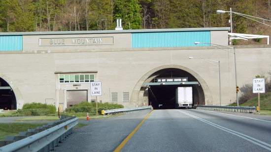 Western portal of the Blue Mountain Tunnel. The Kittatinny and Blue Mountain tunnels are back-to-back (only 600 feet apart), separated by the Gunter Valley. This was taken at Kittatinny's eastern portal.