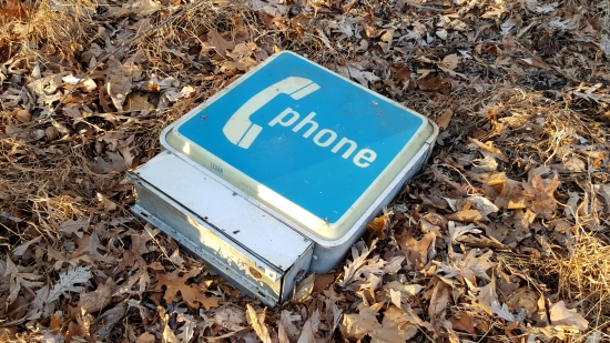 """Phone"" sign"