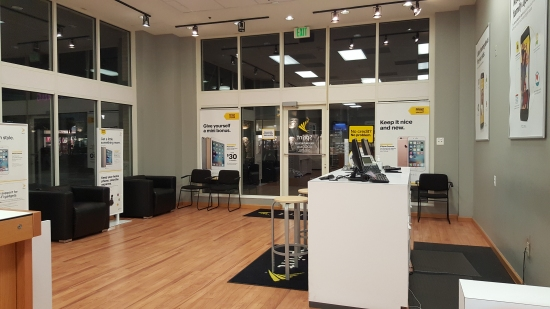 The front of the Sprint store.
