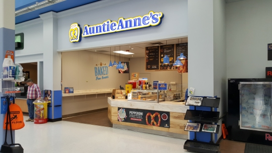 Auntie Anne's replaces the old portrait studio