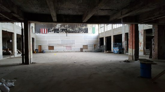 Looking straight back towards the walled-off carousel house. The former Mad-O-Rama space is back and to the right.