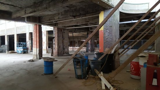 View to the right, showing the Mad-O-Rama space and the areas next to it.