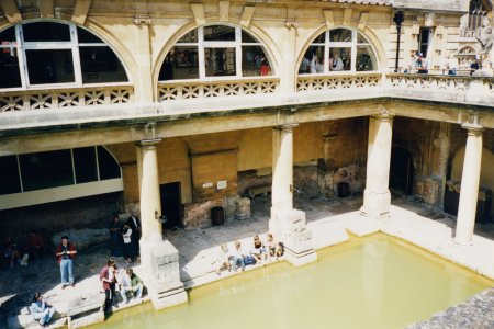 "The baths, viewed from above.  As I understand it, the higher tan structures (made of ""Bath stone"") date from the 1800s, while the structures nearest the bottom are Roman in origin."