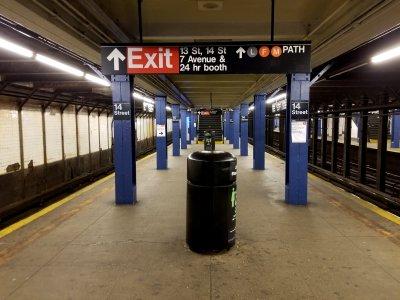 Platform at 14th Street.