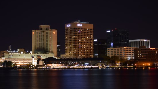 The area that we saw earlier: the Marriott, the Icon, and the Waterside. The headquarters building of the Norfolk Southern railroad is also visible at right.