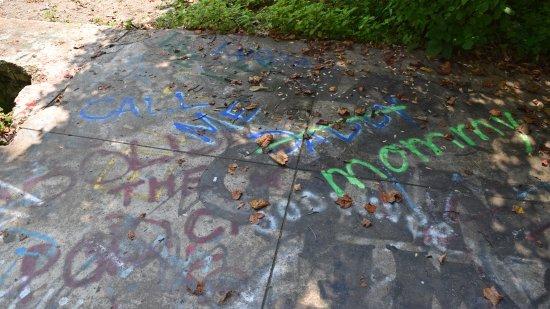 """Call me Daddy/mommy"" graffiti."