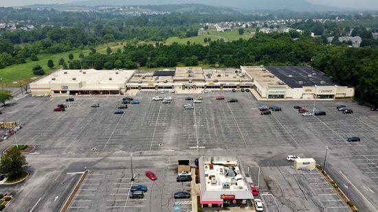 Wayne Heights Mall in Waynesboro, Pennsylvania