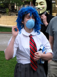Blue Wig Girl explains how things work when raiding in Boston.
