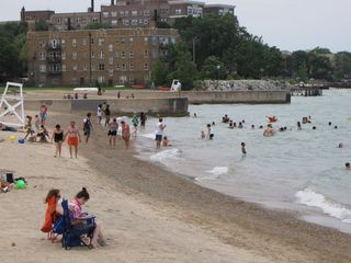 After we finished at Glenwood Sunday Market, we took a walk along Lake Michigan and saw the beach.