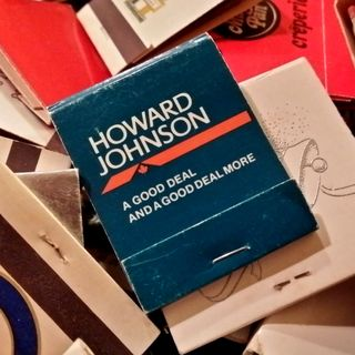 On November 15, Elyse and I went to an antique store in Ellicott City. This was an interesting find: a matchbook from a Howard Johnson's in Canada.