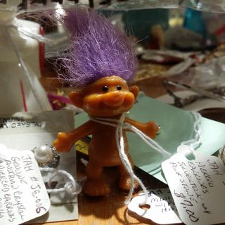 We also spotted a troll at the same store. I used to be big into those little troll dolls back in the early 1990s.