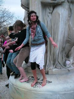 Dancing on the fountain.