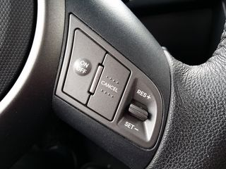 June 5: cruise control. While the Soul's control layout reminded me mostly of that of my old Toyota Previa, the cruise control's being wheel-mounted was one of the few similarities to the Sable.