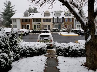 On December 9, I had my first snowfall since moving to Montgomery Village. The Soul was in her new parking space in front of the house, getting her first covering of snow in Montgomery Village.