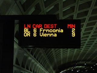 By this time, the server problem from earlier appeared to have been resolved, and train information was once again being displayed on-screen.