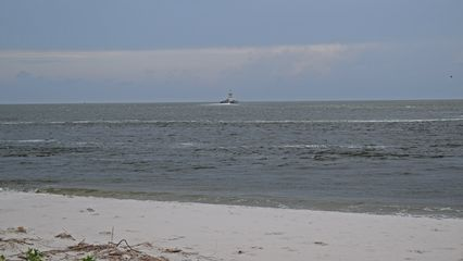 While we were waiting, I got photos of a nearby beach area.