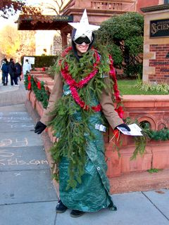 One Anon went as a Christmas tree. However, I think be more closely resembles Super Zeo Zord V from Power Rangers Zeo.