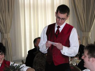 """Then Brent, Chris's best man, began his toast. Brent's was really funny, as he started out reading from cards, like it was a memorial service for Chris, remembering their dearly departed friend. Then he was """"interrupted"""" by one of the groomsmen whispering in his ear. Oh, Chris isn't dead? Whoops. Then he continued, going on about how Chris was a wonderful person before he went on a crazy rampage. Another whisper in the ear. Oh, that's not the case, either? He got married? He then said that he didn't have anything pre-written for that scenario, and then gave his toast without cards."""