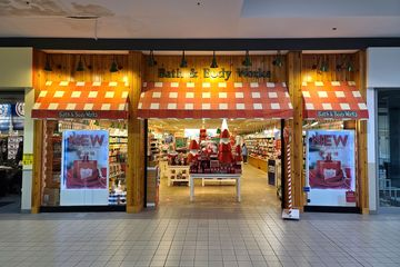 Bath & Body Works came to Staunton Mall around the same time as Maurices, and was the only other traditional mall store still operating in Staunton Mall. The store was never remodeled, as it still had the design that it had when it opened in the 1990s.
