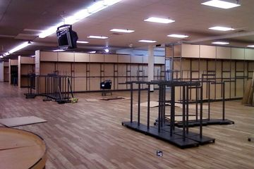 The Steve & Barry's space on November 25, 2008. At this point in time, the merchandise was all gone and the store had ceased operations, and the liquidator was selling off the remaining store fixtures.