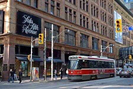 A CLRV streetcar passes by the Hudson's Bay store at Yonge and Queen Streets