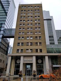 The Peter Munk Cardiac Centre at Toronto General Hospital.